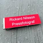Namnskyltar för PRESSFOTOGRAFER