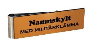 Ny färg på namnskyltar – Guld matt med svart gravyr